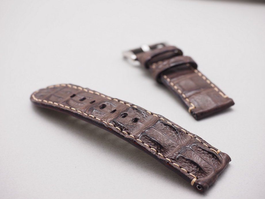 Ted Su Brown Big Horn Back Straps