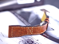 Vintage style pilot strap.  Swiss ammo leather 22/18 70/140